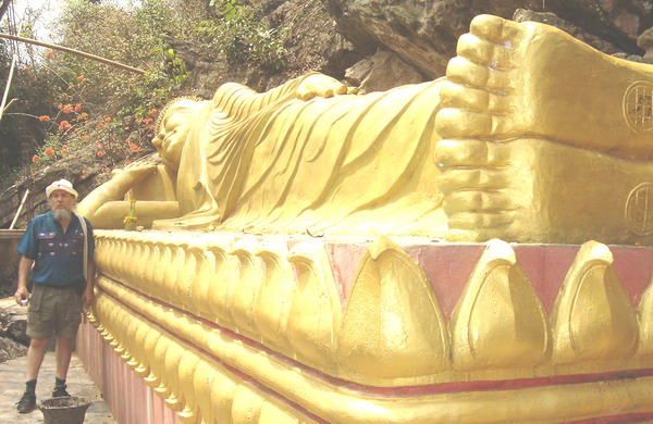 Dave and the reclining Buddha (which is which?!?!haha!)