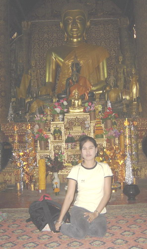 ann in front of the buddha at xiang thong
