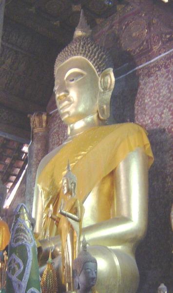 buddha at xiang thong