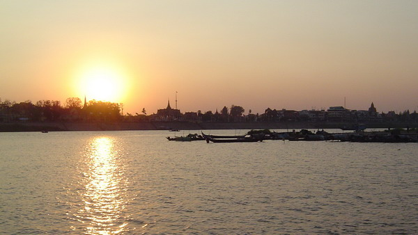 sunset from the Tonle Sap River
