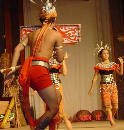 sarawak village cultural show - dancer